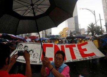 Mexico Police Arrest Teachers' Leader