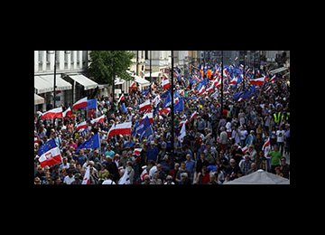 Thousands Rally Against Polish Government