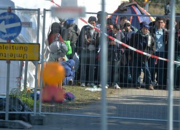 Germany Reinforces Swiss Border Against Illegal Migrants