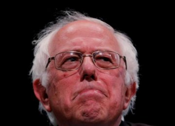 Sanders Says Will Vote for Clinton