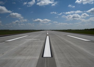 Mehrabad Concrete Runway to Open by Sept.