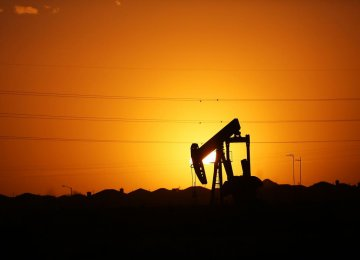 Prolonged Shutdown in Canada Oil Output