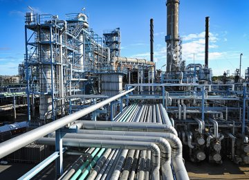 Iran Eying $40b From Petrochemical Industry