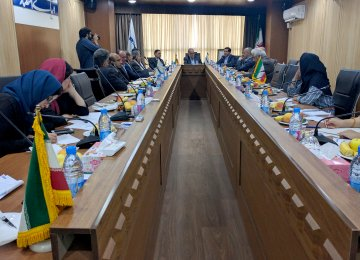 In the run-up to the annual steel event, top government officials and industry experts convened at Financial Tribune's headquarters in Tehran on Sunday to discuss the Iranian steel sector and the ISMC conference agenda. (Photo: Amir Havasi)