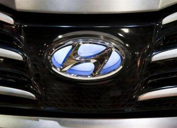 Hyundai: No Fear of Apple, Google