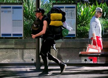 Australia Gov't Forced to Delay 'Backpacker Tax'