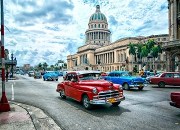 Cuba Struggling to Handle Massive Tourist Influx
