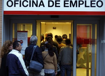 Brazil's Joblessness Rises to 11%