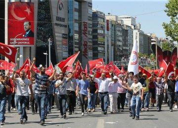 Power Struggle in Turkey Hits Emerging Markets