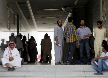 Saudi Builder Fires 50,000 Foreign Workers