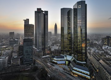 Lending Pushes EU on Recovery Track