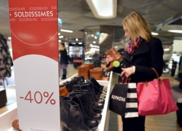 Consumer Spending Boosts French Economy