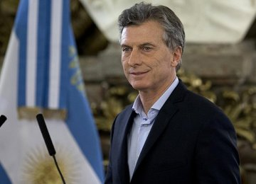 Macri Defends New Energy Rate Hikes