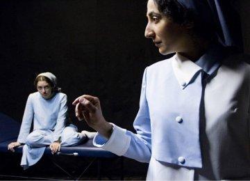 Einstein's Relativity Dramatized in 'Time'
