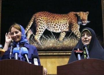 Segolene Royal (L) and Massoumeh Ebtekar in Tehran on August 28.