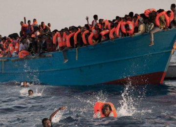 Nearly 10,000 Migrants Rescued in Two Days
