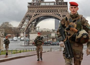 Center to Study Impact of Attacks on France Tourism