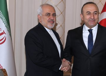 Iran, Turkey Discuss Syrian Conflict, Regional Issues