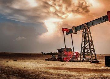 Oil Giants Slip  in List of Leading Energy Firms