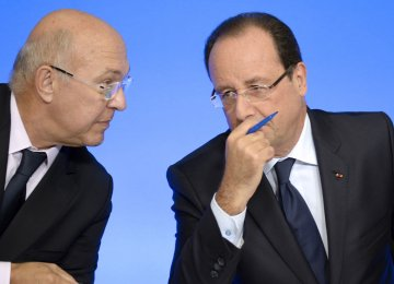 French Gov't Plans Tax Cuts in New Budget