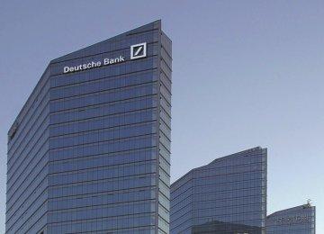 European Banks Hit as Deutsche Snags Spook Investors