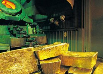 Newmont Mining Corp. plans to purchase Barrick's 50% share out for sale.