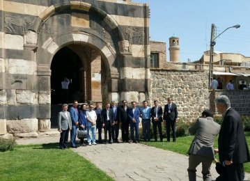 Iran's West Azarbaijan Sees 10% Rise in Visiting Tourists