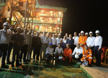 First Offshore Platform of Iran's South Pars Phase 13 Installed
