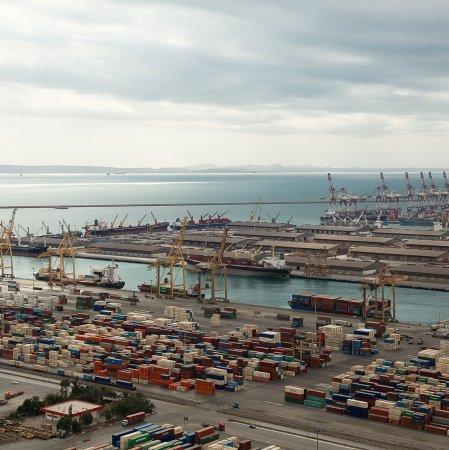 17 Iranian Ports Lose Steam