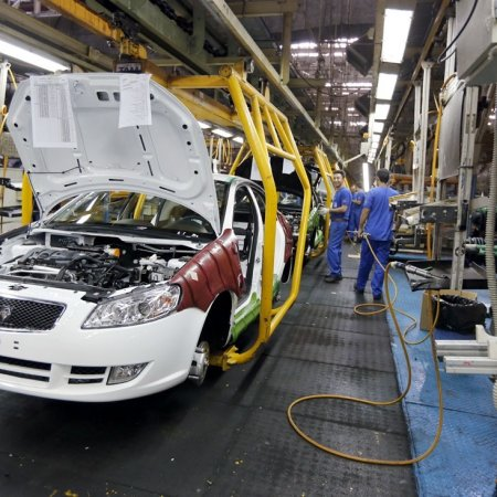 Iran Auto Output Down 22%