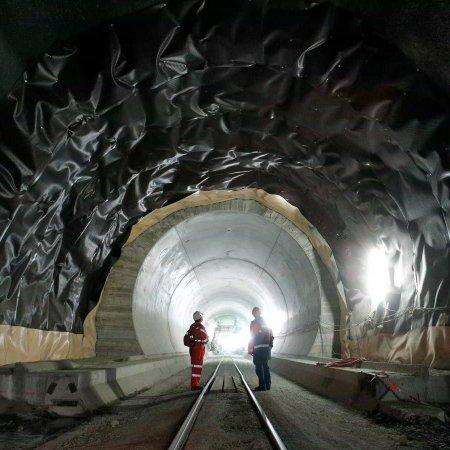 TM Non-Cash Resources to Help Expand Tehran Subway's Line 10