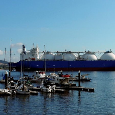 Australia Overtakes Qatar in LNG Export