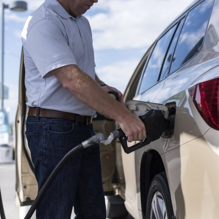 Gasoline Price Rises as US Oil Producers Shut Wells