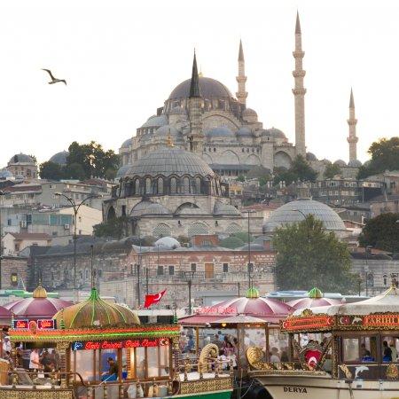 Iran: Turkey's Biggest Source of Tourism in August