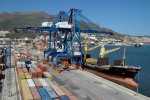 Algeria Trade Deficit Sharply Down