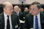 Deutsche Bank CEO John Cryan (L) and ECB President Mario Draghi at a conference in Frankfurt on Sept. 6.