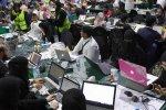 Saudi, UAE Non-Oil Sectors Remain Subdued