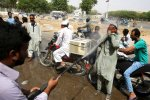 Heat Wave in Pakistan's Karachi Kills Dozens