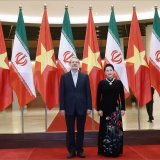 Speaker Ali Larijani (L) meets with the chairwoman of the National Assembly of Vietnam, Nguyen Thi Kim Ngan, in Hanoi on Monday.