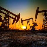 Oil Prices Fall as US Storm Threat Eases