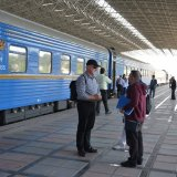 Int'l Tourist Train on Sightseeing Spree in Iran