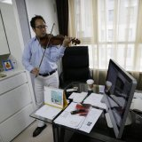 S Korean Violinist Wants Border Concert With North