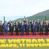 """This handout photo released by the APEC 2017 National Committee and taken on November 11, shows leaders posing  for the """"family photo"""" during the Asia-Pacific Economic Cooperation leaders' summit in the central Vietnamese city of Danang."""