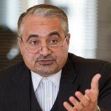 Iran, Arab States Need  to Bury the Hatchet