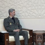 Defense Chief Signs Military Coop. Deal in Damascus