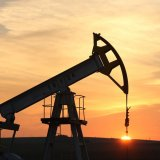 Oil Gains in Weekly Recovery