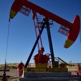 Oil Dips on Concerns Over US-China Trade Dispute