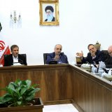 First Vice President Es'haq Jahangiri (L) announced that since the signing of the nuclear deal, Iran has finalized $12 billion in foreign finance during a meeting on Jan. 29.