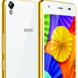 India Smartphones Take on Chinese Firms