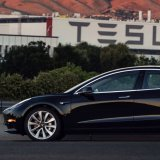 Tesla Eases Cash Concerns With Promise of Model 3 Progress